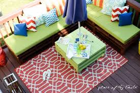 diy pallet patio furniture. DIY Pallet Furniture-patio Makeover- Www.placeofmytaste.com Diy Patio Furniture