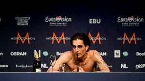 Italian rock band måneskin won eurovision 2021 in rotterdam, the netherlands, early sunday local time as the european song contest took place in front of a crowd of 3,500.get market news worthy of your time with axios markets. Yuqnxa54ad4rm
