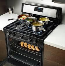 gas range. Whirlpool WFG505M0BS - Kitchen View Gas Range