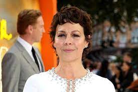 Peaky blinders star helen mccrory has died aged 52 after a heroic battle with cancer, her husband damian lewis confirmed today. Oaysp25awqa4 M