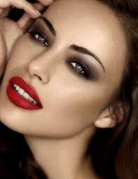 party looks red lips smokey eyes