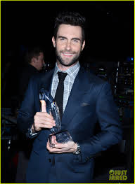 Adam Levine - People's Choice Awards 2013 Red Carpet: Photo ...