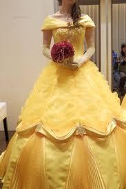 ベル美女と野獣のカラードレスディズニーアンバサダーホテルで挙式