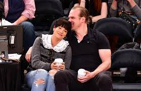 David Harbour and Lily Allen share ...