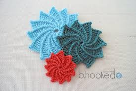 Crochet Flower Pattern Stunning Spiral Crochet Flower Free Pattern And Video Tutorial