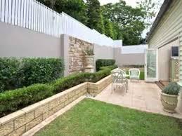 garden walls decorating ideas
