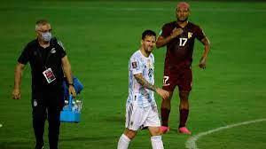 Brutalo-Foul gegen Lionel Messi - Neymar von Bodyguard vom Feld gezerrt