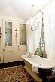 Traditional Bathroom Decor Vintage Bathroom Makeover Traditional Bathroom Decoration