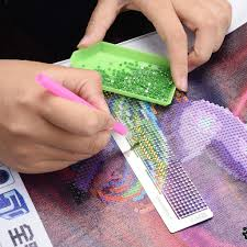 Creating dotted lines dot by dot can be tedious and annoying. Amazon Com Diamond Painting Ruler Dot Drill Magic Tool Diamond Embroidery Mesh Ruler Led Light Board For Diamond Painting Sticky Dots Art Supplies For Beginners Diamond Painting Kits For Adults