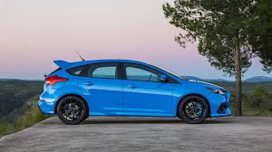Ford Focus RS (2016) review by CAR Magazine
