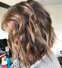 Best Wavy Shoulder Length Hairstyles Medium Haircut Ideas For Women