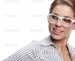 نظارات طبية للصبايا الأمامير غير شكل images?q=tbn:ANd9GcT