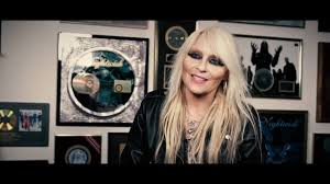 <b>DORO</b> - <b>Forever</b> Warriors / <b>Forever United</b> (OFFICIAL TRAILER #1)