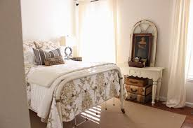 ... which I purchased from Magnolia Farm's website. (I LOVE it!) But for  now, welcome to our guest bedroom. Take off your hat and stay awhile.
