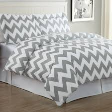 queen size white and gray chevron bed set for master bedroom
