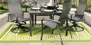 diffe styles of outdoor rugs
