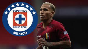 Cruz Azul; today he travels to Mexico