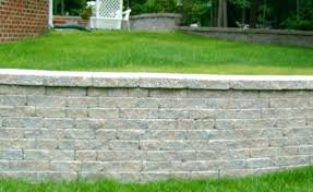build retaining wall how to build retaining wall on sloped backyard retaining wall to hold up