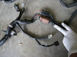 brydon teaches you to merge a harness subaru impreza gc rs these plugs on the wrx engine harness are where the harness connects to the front harness and passes into the fender well this is where i suggest people