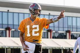 Tom Brady Throwing Shade at Training ...