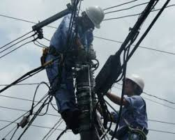 electrical power line installers and repairers what does a line installer and repairer do and how to become one