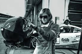 Born 14 may 1969) is a german professional motor racing driver for bmw and porsche, also known schmitz won in chc and vln race events, the vln endurance racing championship in 1998, and is the first woman to win a major 24h race, the 24 hours. Gi9cnojfg2oufm