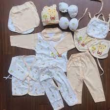Set đồ sơ sinh mùa hè (vải mỏng) cao cấp 14 chi tiết cho bé trai và bé gái  từ 0-6 tháng tuổi viền vàng trắng (không hộp)