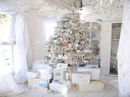 Elegant Home Decorations Black And Silver Christmas White And