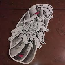 сделать татуировку карп в городе москва по эскизу мастера ромка