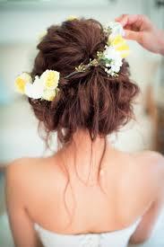結婚式でやりたい白い花冠まとめ Marryマリー 花嫁 髪型 おすすめ