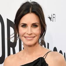 Pics of the lovely and beautiful courteney cox. Courteney Cox Popsugar Celebrity