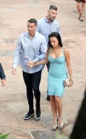 Candids #CristianoRonaldo #GeorginaRodriguez Cristiano Ronaldo is seen  holding hands with his girlfriend Georgina Rodrig… | Fotos de fútbol,  Grandes amigos, Fútbol