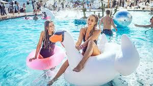 pool splash. Line-up / Pool Splash U