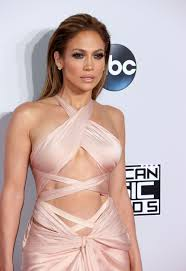 Cele bitchy Jennifer Lopez shills cleanses fat burning pills.