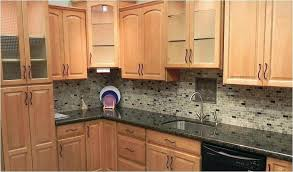 quartz countertops with maple cabinets what color go