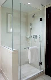 why shower glass doors are gaining popularity in modern homes