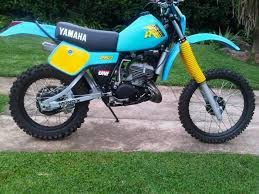 yamaha it. it 250 image yamaha it