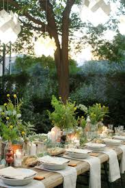 Outdoor Table Decor 17 Best Ideas About Outdoor Table Settings On Pinterest Dinner