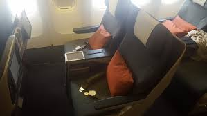 Flight Review Cathay Pacific B777 300 Regional Business