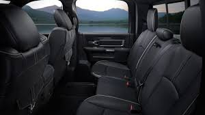 additionally the 2017 ram 1500 comes in five configurations in either 2wd or 4wd regular cab long and short bed quad cab long bed and crew cab long and