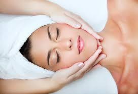 Массаж лица по Ахабадзе Классические и другие виды массажа лица и  Эффект от проведения массажа очевиден Во время процедуры кожа становится более теплой розовеет приток крови к ней увеличивается
