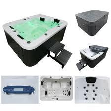 Eine hochwertige dampfdusche mit whirlpool ist in vielen fällen eine anschaffung fürs leben. Outdoor Whirlpool White Marble Plus Treppe Und Thermoabdeckung