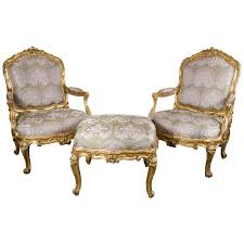 French Ottoman pair of french bergere chairs and ottoman in gilded wood and satin 6086 by xevi.us