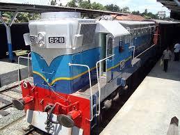 628 kankesanthurai lootive at matara railway station ready