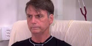 Resultado de imagem para imagem de Bolsonaro de alta no hospital