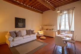 Mura Storiche Lucca Italy Seating Chart Itaco Apartments Lucca Le Mura Italy Booking Com