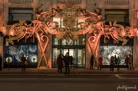 Barneys New York – NYC Christmas Window Display 2014 | photoframd.com
