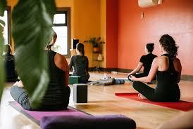 yoga portland image via yogarefuge insram