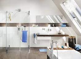 Die auffällig gemusterte tapete das leuchtende orange der badewanne und schließlich das fast. Badezimmer Trends 2020 Badtrends Meinstil Magazin