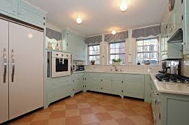 Diy kitchen projects Trendy Cabinets Zillow Easy Diy Projects For Total Kitchen Or Bathroom Refresh